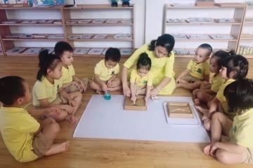 Lớp Montessori - Flower